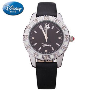 迪士尼 米奇真皮镶钻复古儿童 成人手表   颜色黑白款随机
