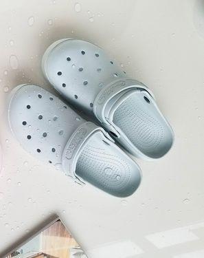 家居拖鞋 镂空设计 纯色休闲防滑洞洞鞋