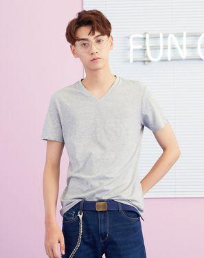 男式T恤 【爆款】美特斯邦威男常年款净色V领短袖恤