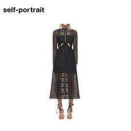 Self Portrait Self-Portrai 连衣裙 SP14023B  镂空长款 黑色