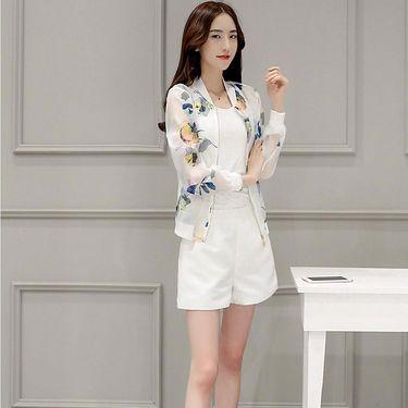 乔伊思 简约通勤时尚本白色清新印花碎花防晒女款外套J826392