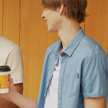 A21 男装2018新款衬衫男 夏季修身圆领纯棉浅蓝牛仔短袖衬衣上衣4821180020
