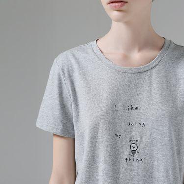 初语 2018夏装新款小章鱼刺绣圆领字母印花短袖T恤女百搭纯棉上衣8720131043