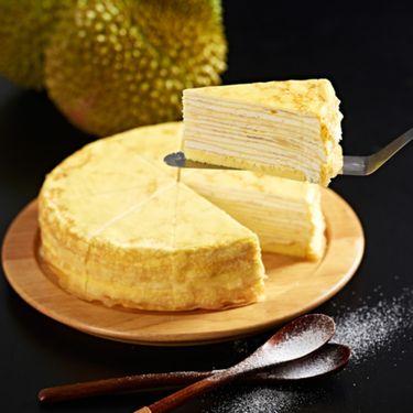 京基百纳 榴莲千层蛋糕+奶茶