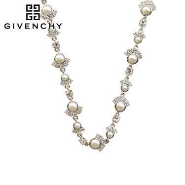 Givenchy/纪梵希 优雅时尚系列仿珍珠女士项链 60468636