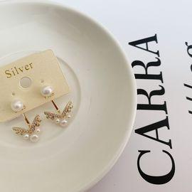 Silver 宋慧乔同款V型珍珠耳钉 韩国原创设计 buyer