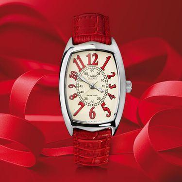 女士石英 卡西欧手表指针系列酒桶形复古防水石英女士手表