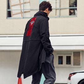 男式风衣 太平鸟男装2019春季新品男士连帽帅气过膝新款刺绣潮流休闲外套