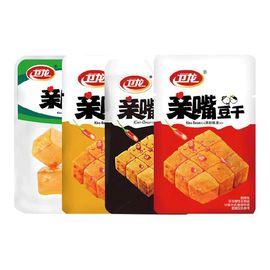 卫龙 辣条 零食豆干 亲嘴豆腐干 分享装1000g/袋 约64包 (新老包装随机发货)